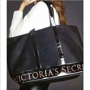 Victoria/'s Secret  Graphic Black Mesh WEEKENDER Duffle TOTE Bag  NEW 2018